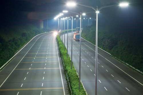 Sử dụng đèn led cao áp chiếu sáng đường phố